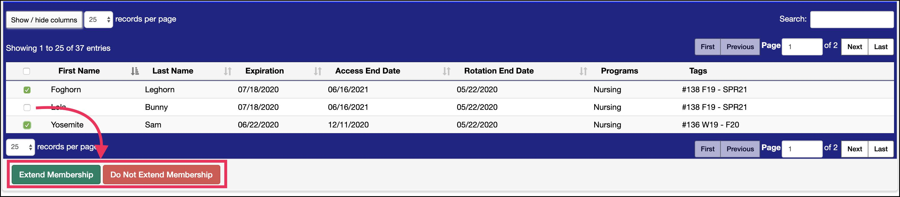 Upcoming Invoices screen example highlighting Extend and Do Not Extend Membership buttons